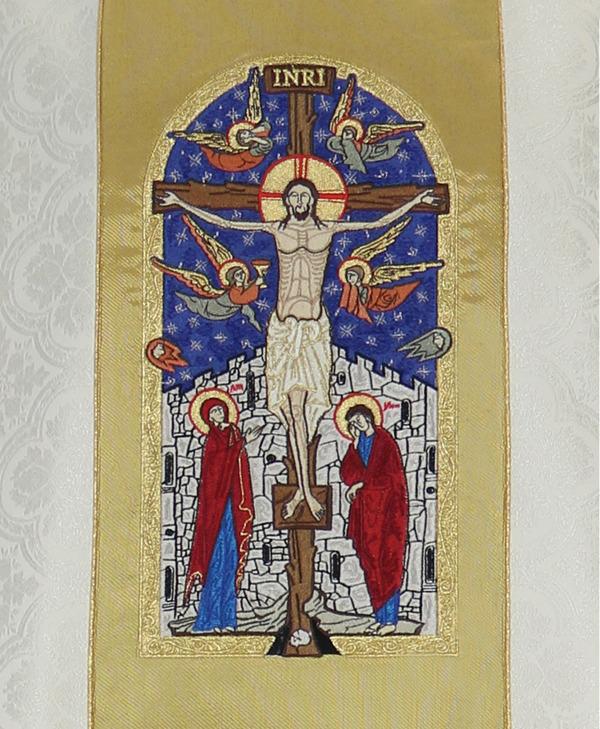 Gothic Chasuble Crucifixion model 747