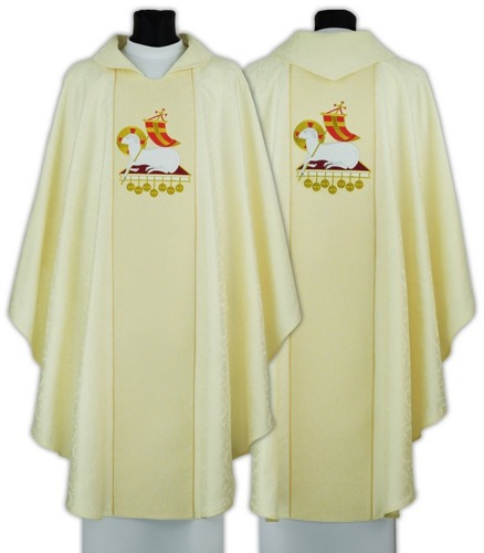Gothic Chasuble  model 695