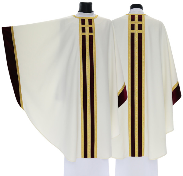 Gothic Chasuble model 063