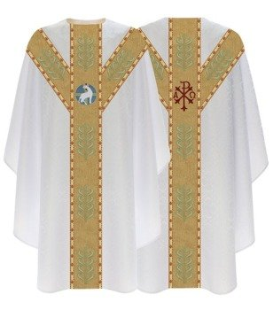 Cream Semi Gothic Chasuble Lamb model 791